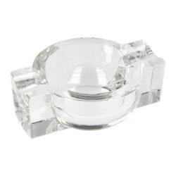 Doutníkový popelník křišťál 2D, kulatý-Skleněný doutníkový popelník na 2 doutníky. Čirý křišťálový v kulatém tvaru popelník je precizně vyrobený z kvalitního skla. Menší popelník na doutníky je vybavený dvěma odklady o šířce 2,2cm. Popelník je dodávaný v dárkové kazetě. Rozměry popelníku: 12,5x9,3x4,2cm.