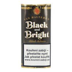 Dýmkový tabák Black and Bright, 50g-Dýmkový tabák Black and Bright. Tabáková směs výrazné aromatické chutě je vytvořená smícháním tmavého a světlého tabáku Virginia, okořeněná výraznějším tabákem z Orientu. Stálou chuť a vůni zajišťuje dvojnásobné fermentování tabáku. Výrazné aroma je zajištěné přírodními látkami a vanilkou. Balení pouch 50g.