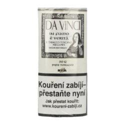 Dýmkový tabák Da Vinci, 50g-Dýmkový tabák Da Vinci. Méně silná tabáková směs je tvořená kombinací světlé Virginie a jemně sladkého Black Cavendishe, která je příjemně dochucena chutí červeného vína, toskánského lesního medu a lehkým tónem vanilkového bourbonu. Tento tabák do dýmky se vyznačuje velmi lahodným aromatem. Balení pouch 50g.