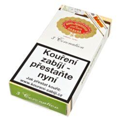 Doutníky Hoyo de Monterrey Coronations A/T, 3ks-Kubánské doutníky Hoyo de Monterrey Coronations A/T. Skvělý tvar, dobré hoření, velmi příjemná chuť - to je doutník Hoyo de Monterrey Coronations. Výborný doutník, který si vychutnáte nejen u ranní kávy, ale i před výborným jídlem. Při jeho kouření Vás mile překvapí vyvážená tabáková chuť spolu s příchutí čokolády, kávy, cedrového dřeva a lahodnými tóny sušených ovocných plodů. Doutníky Hoyo de Monterrey jsou ručně balené z vybraných tabákových listů ze známých kubánských tabákových plantáží. Doutník hoří cca 40-60 minut. Doutníky Hoyo de Monterrey Coronations A/T jsou balené po 3 ks v hliníkové tubě a dodávány v papírové krabičce. Prodávají se pouze po celém balení.  Délka: 129 mm Průměr: 16,7 mm Velikost prstýnku: 42 Tvar/velikost doutníku: Petit Corona Typ doutníku dle skladování: doutník vlhký  Původ doutníku: Kuba Krycí list: Kuba  Vázací list: Kuba Náplň: Kuba Síla tabáku: medium