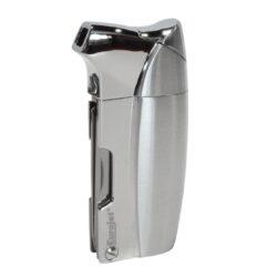 Dýmkový zapalovač Eurojet Sky Pipe-Dýmkový zapalovač Eurojet Sky Pipe s trojdílným příslušenstvím pro dýmku. Precizně zpracovaný kovový zapalovač pro kuřáky dýmky s bočním plamenem je vybavený praktickým integrovaným dýmkovým příslušenstvím, které každý kuřák dýmky každodenně potřebuje. Na spodní straně zapalovače najdeme plnící ventil a ovládání intenzity plamene. Zapalovač je dodávaný v dárkové krabičce. Výška 7cm.