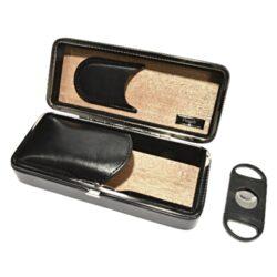 Pouzdro na 2 doutníky Etue s ořezávačem, černé, cedr, 190mm-Etue - pouzdro na dva doutníky. Černé pouzdro na doutníky má vnitřek vyložený cedrovým dřevem. Doutníkové pouzdro obsahuje doutníkový ořezávač. Délka pouzdra je 190 mm.