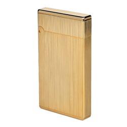 Zapalovač Winjet Premium, zlatý-Elegantní zapalovač Winjet Premium s kamínkovým zapalováním. Kvalitně zpracovaný kovový zapalovač s broušeným zlatým povrchem. Ve spodní části je umístěn plnící ventil plynu a ovládání intenzity plamene. Zapalovač je dodáván v originální dárkové krabičce vyložené jemným sametem. Součástí balení jsou tři náhradní kamínky. Výška 6cm.